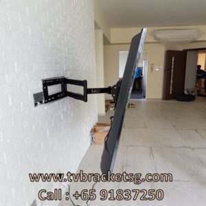 tip for installaling tv bracket in singapore