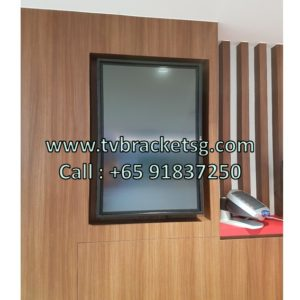 Full Motion TV Bracket Singapore: The Perfect Way to Customise the Layout of Your Living Room